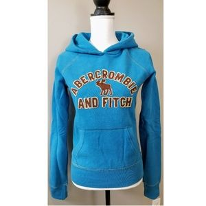 Abercrombie & Fitch Moose Logo Fitted Sweatshirt